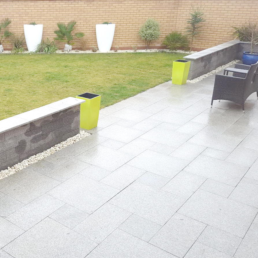 Granite Patio Paving Packs in Silver Grey, Light Grey £21.64/m2