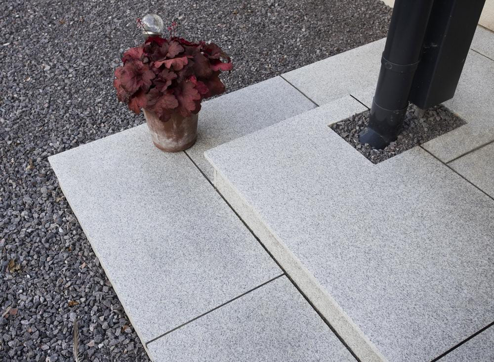 Granite Paving Slabs, Silver Grey Light Grey Stone 900 x 600 £25.89/m2