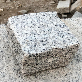 Granite Setts & Cobbles, Silver Grey Cropped 100 x 100 x 50mm £37.83/m2