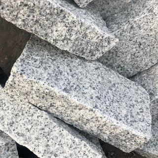 Granite Setts Cropped, Silver Grey Cobbles 200 x 100 x 50mm £37.83/m2