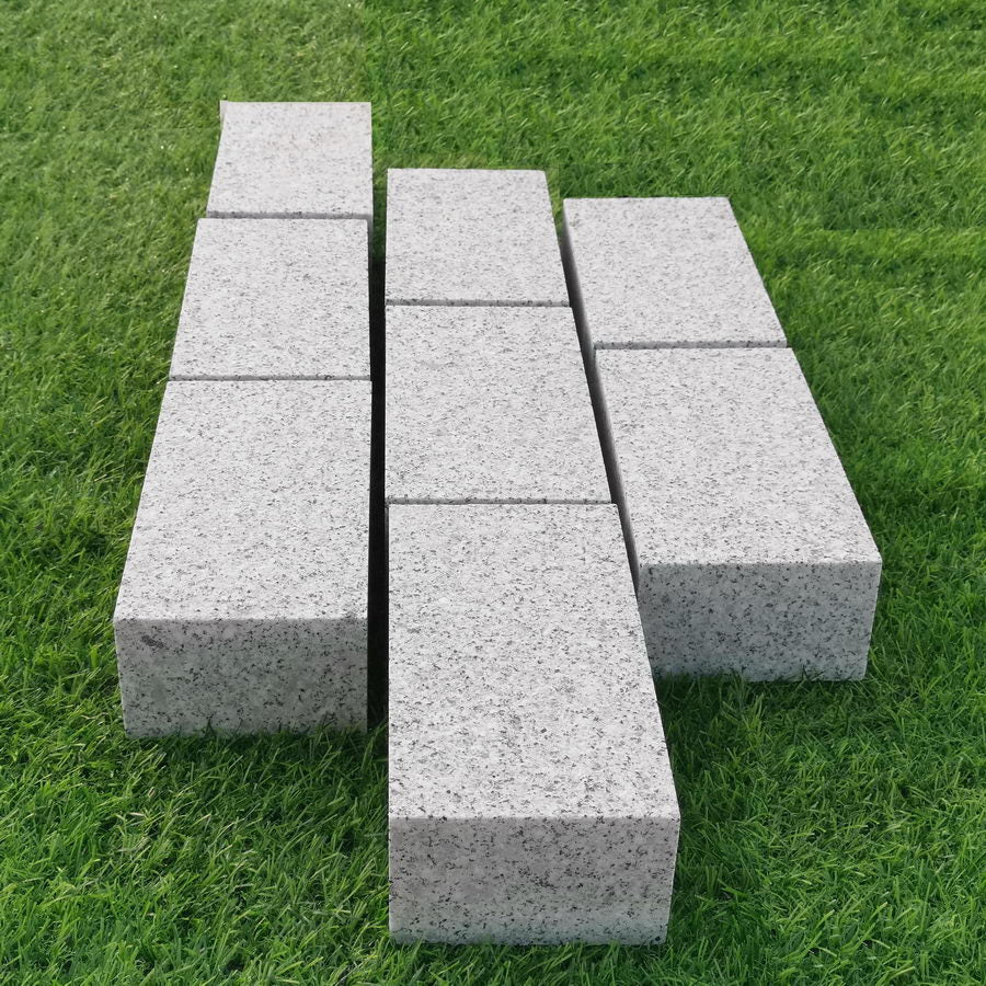 Sawn Granite Setts Silver Grey, Block Driveway Paving, 200 x 100 x 50 mm £54.99/m2