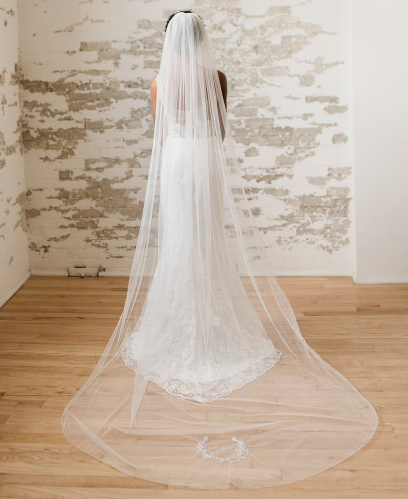 Laurel Leaf Veil