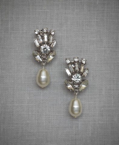 Viva Pearl Earrings