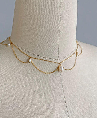 Daphne Necklace (Pearl)
