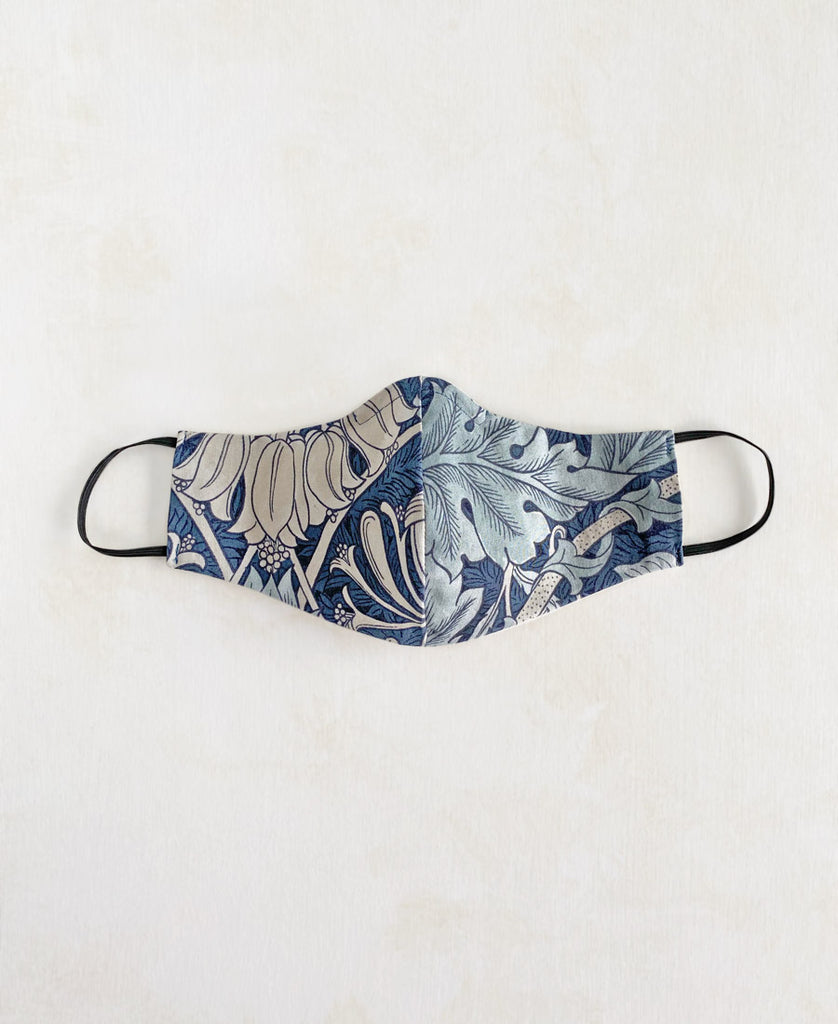 William Morris Leaf Print Mask