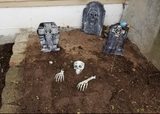 scary halloween decorations | Fortuneathlete