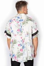Load image into Gallery viewer, Button Down- Floral