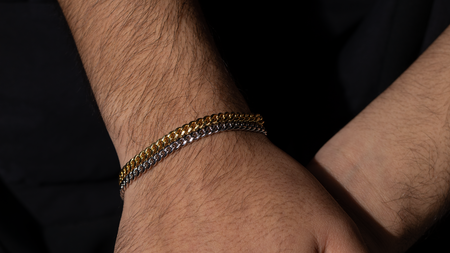 10K Yellow Gold Leo Link Bracelet