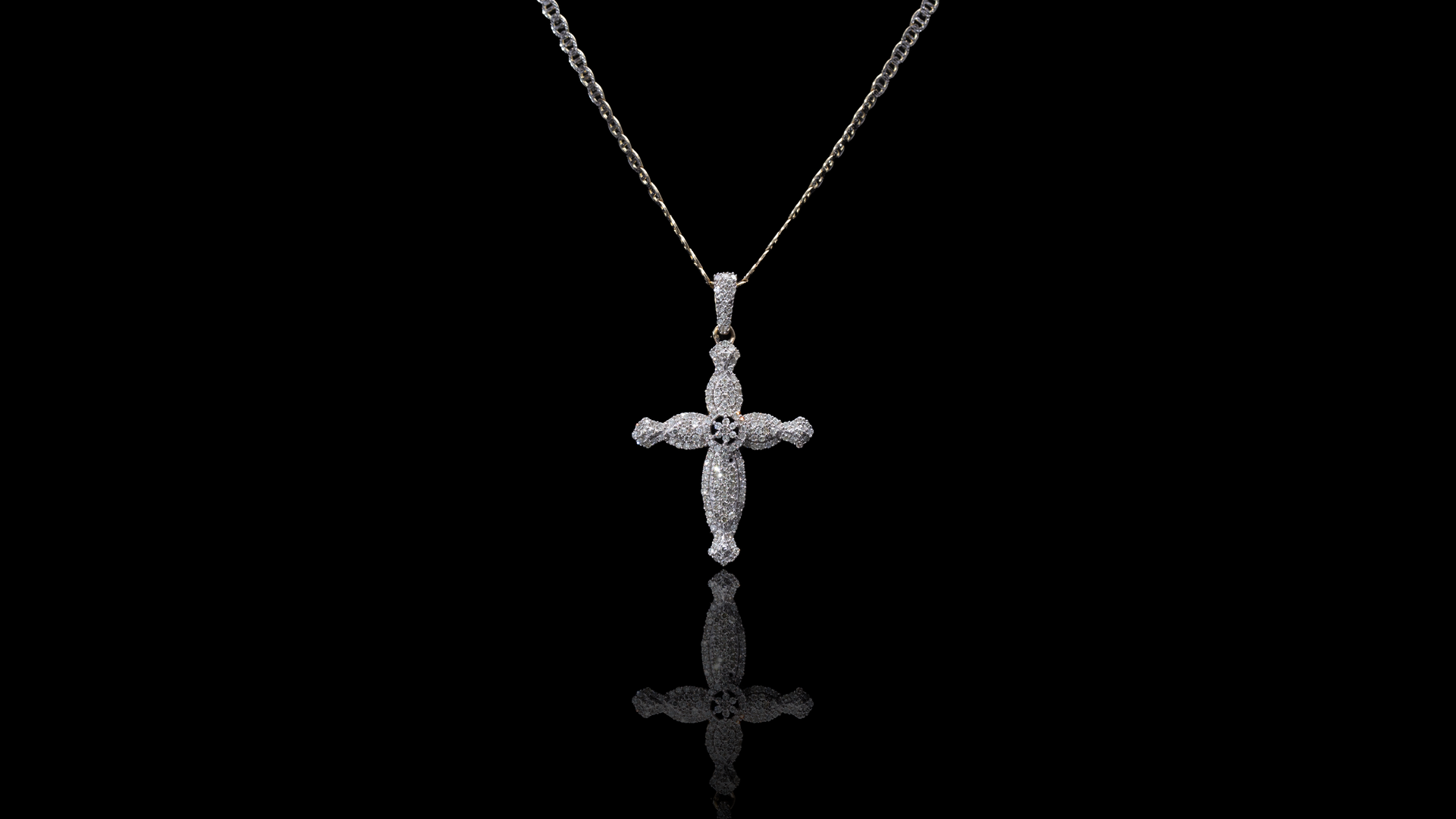 [SPECIAL] 10k/14k Two-Tone Gold Fancy Cross Diamond Necklace