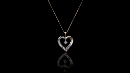 [SPECIAL] 10K Yellow Gold Heart Ribbon Diamond Necklace