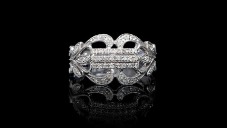 [SPECIAL] 14K White Gold Fancy Filigree Diamond Ring