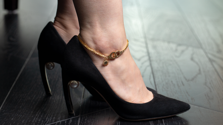 10k Yellow Gold Handcuff Link Anklet