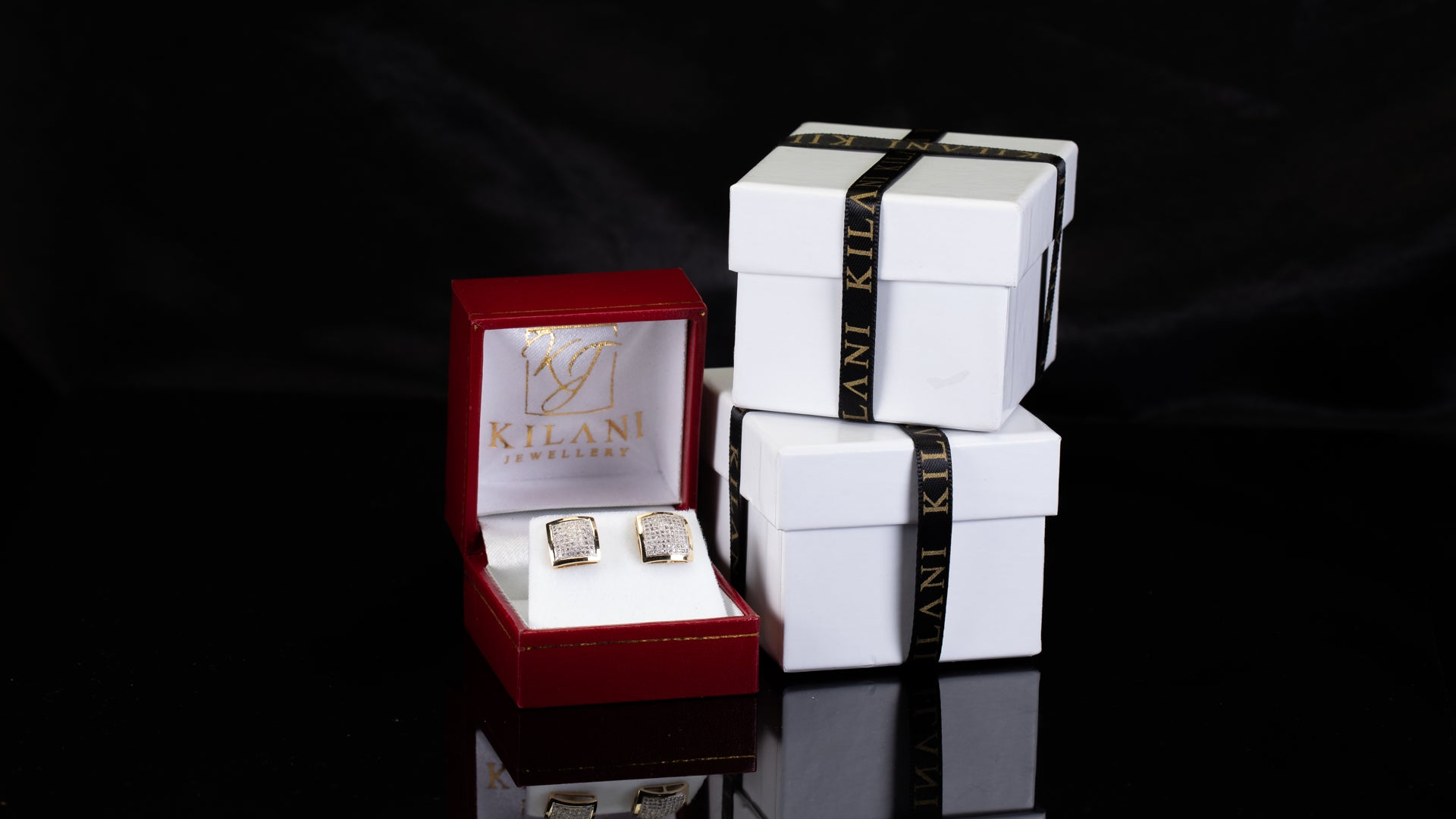 [SPECIAL] 10k Yellow Gold Outward Square Frame Diamond Earrings