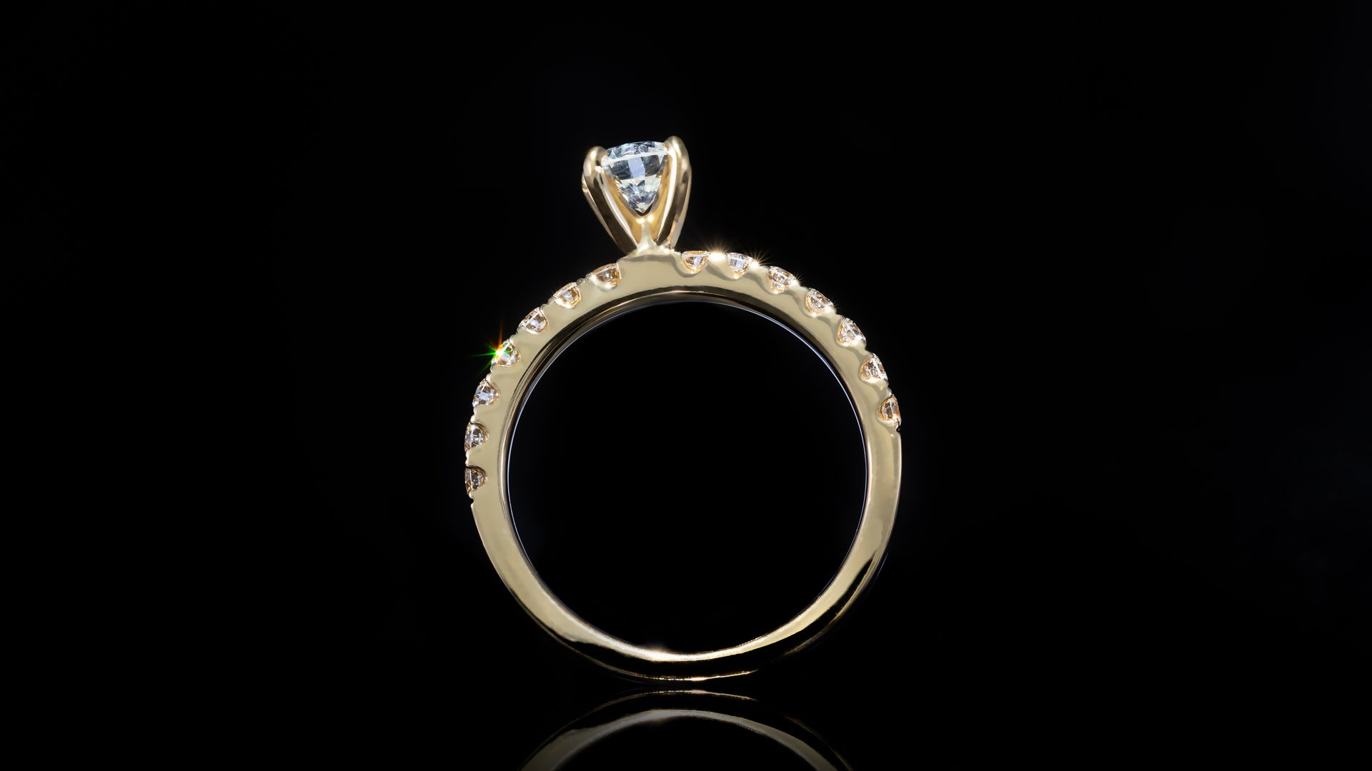 18K Yellow Gold Classic Solitaire Engagement Ring