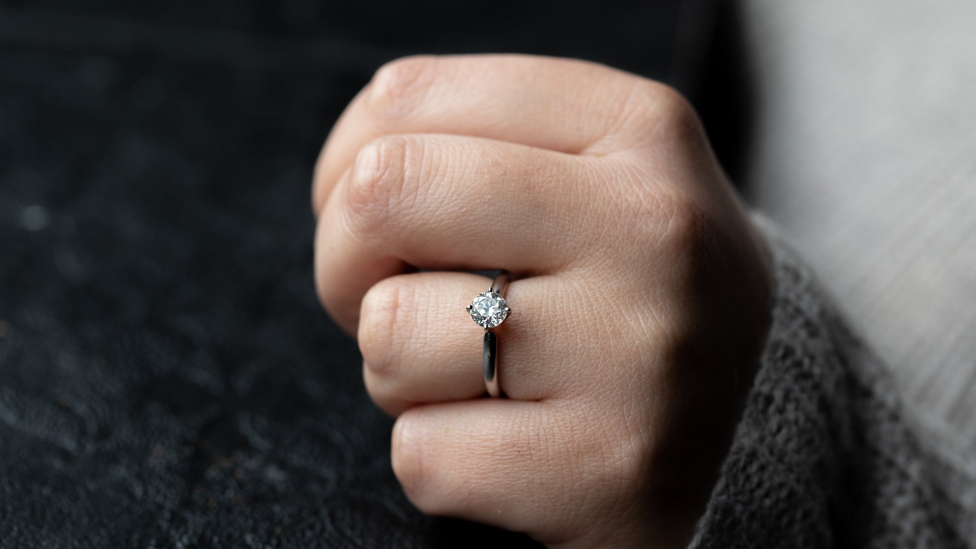 14k White Gold Classic Solitaire Engagement Ring