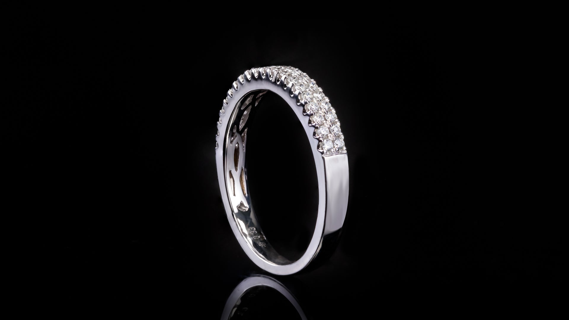 18k White Gold Two Row Open Wall Setting Diamond Band Ring