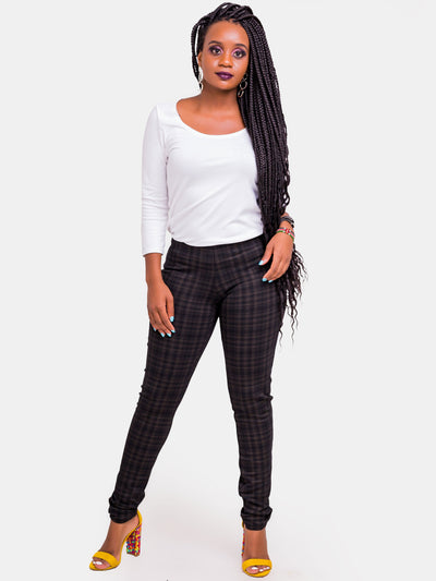 Vivo Zuri Plaid Pants - Black Print