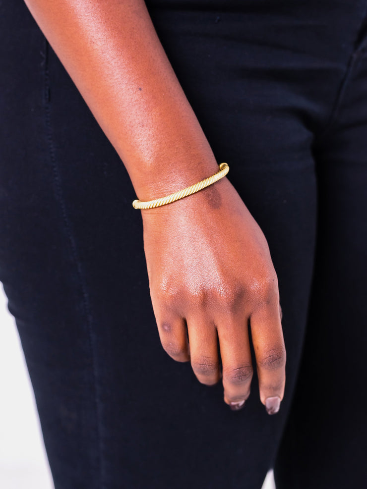 Soko Sabi Outline Cuff - Brass - Shop Zetu