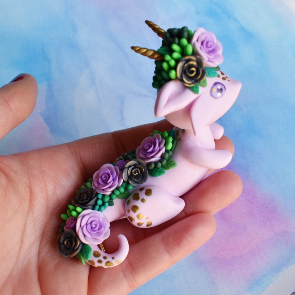 *free shipping* Purple Dragon with black Roses