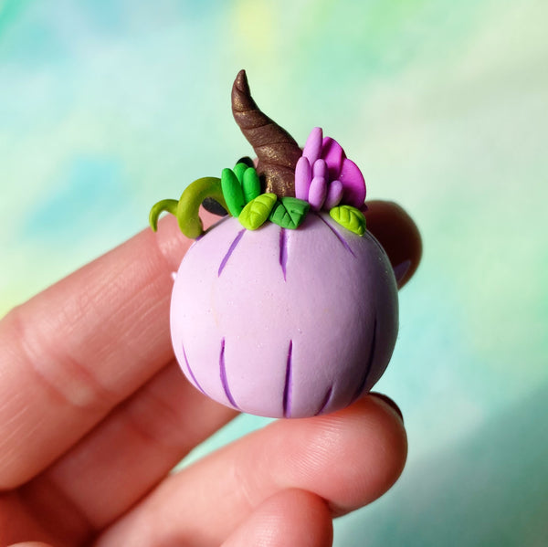 Purple Pumpkin wisp n°2 - Fall Collection