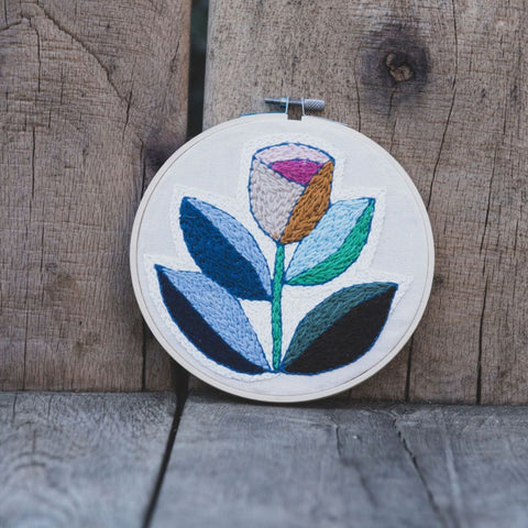 Embroidery Hoop – Tulip - Love Welcomes