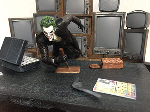 Batman: Arkham Origins Estatua Limited Edition Joker