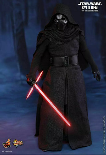 Star Wars: The Force Awakens Hot Toys Kylo Ren
