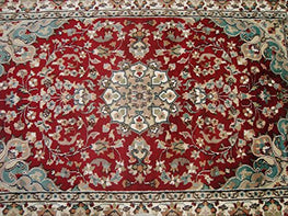 Wow Ruby Red Ivory Touch Flowers Area Rug Hand Knotted Wool Silk Carpet (6 X 4)'