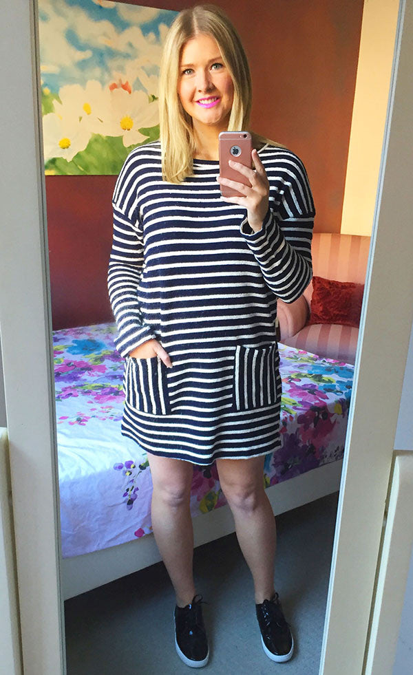 Dee Navy & White Knit Dress