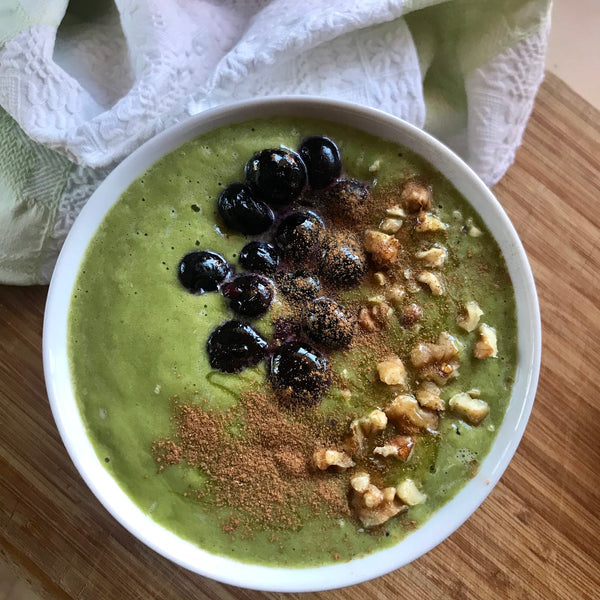 Clean & Healthy Matcha Bowl -   It's Breakfast time ❤