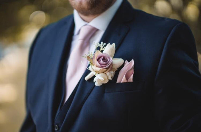 What Is a Wedding Tie?