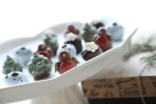 Cordial Cherries ~ 16-Piece Gift ~Robins and Eggs