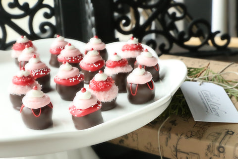 Cordial Cherries ~ 16-Piece Gift ~ Valentine's Day Cupcakes