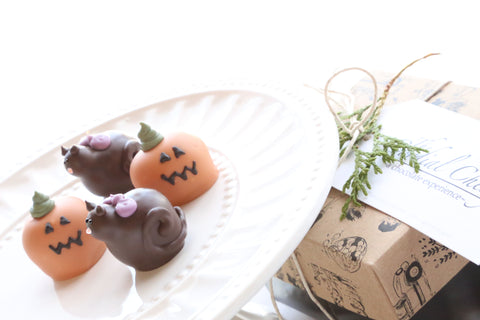 Chocolate Truffles ~ 4-Piece Gift ~ Black Cats and Jack-O-Lanterns