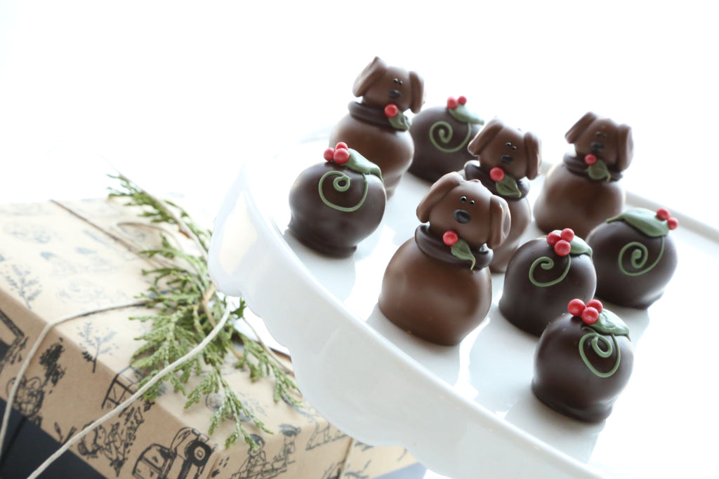 Cordial Cherries ~ 9-Piece Gift ~ Christmas Puppies