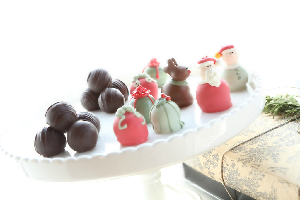 16-Piece Christmas Eve Cordial Cherries and Chocolate Truffles