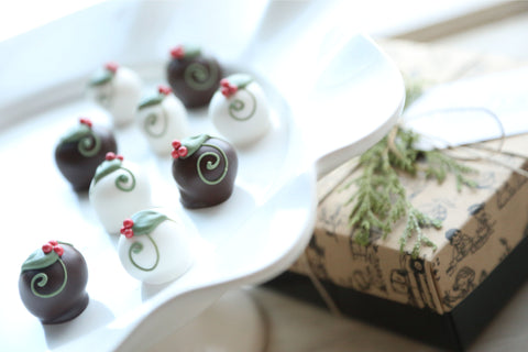 Chocolate Truffles ~ 9-Piece Gift ~ Holly Berries