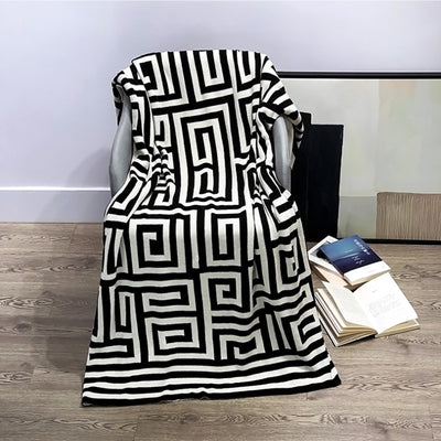 Luxury G Letter Cotton Blanket