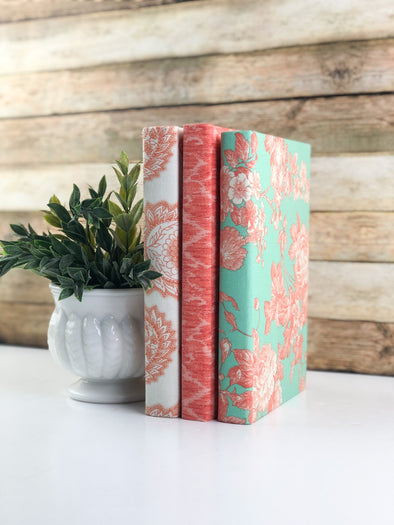 Home Decor / Decorative Book Set
