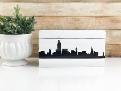 New York Skyline Home Decor / Decorative Books