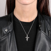 Black Spinel Cross Necklace indossato
