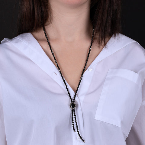 Collana Snake con Black Spinel indossato