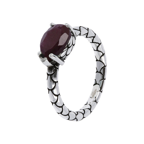 Mermaid Ring with a Natural Stone con RUBINO INDIA