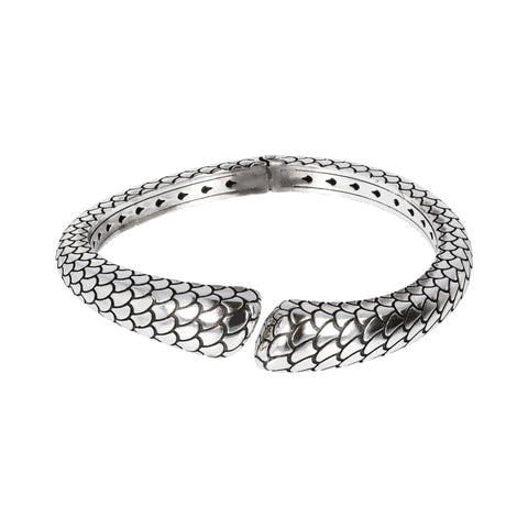 ARIA TEXURED CONTRARIE BANGLE WITH HINGED - WSOX00334