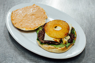 SNACK ULYSSE - BIG CHEESE HAWAI BURGER (double steak et fromage)