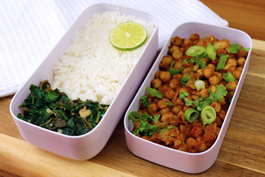Curried chickpea with spinach saute