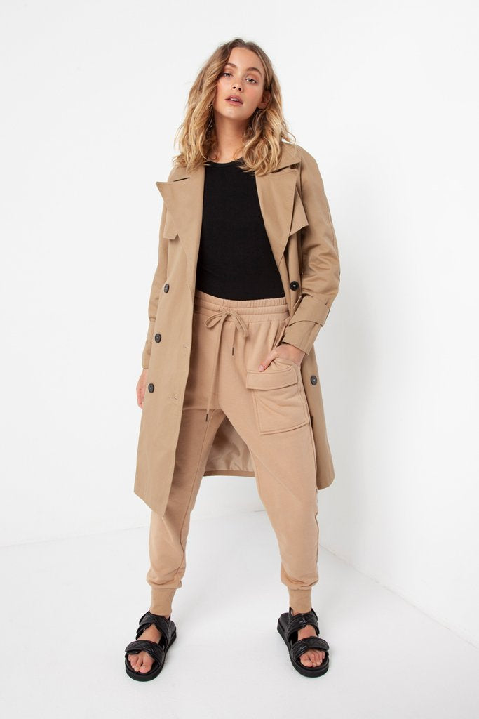 Madison The Label Noah Trench Coat Beige