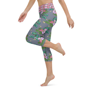 Women's Yoga Capri Pants: Tropical Anthurium & Hawaiian Healing Plants in Grey