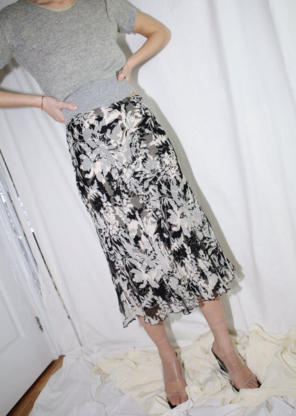 VINTAGE BLACK & WHITE FLORAL SILK SKIRT (M)