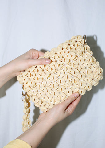 VINTAGE BEIGE PLASTIC BEADED CROSSBODY BAG